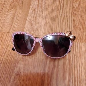 Hello kitty sun glasses